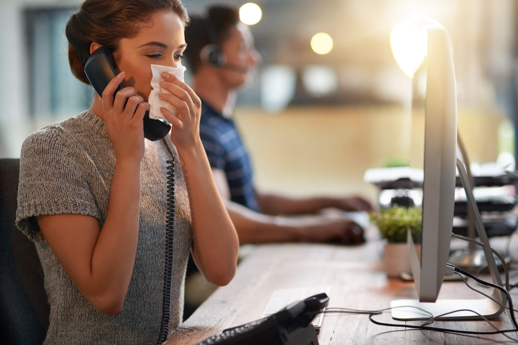 Простуда на работе: 9 советов для того чтобы не заразиться кашлем в офисе